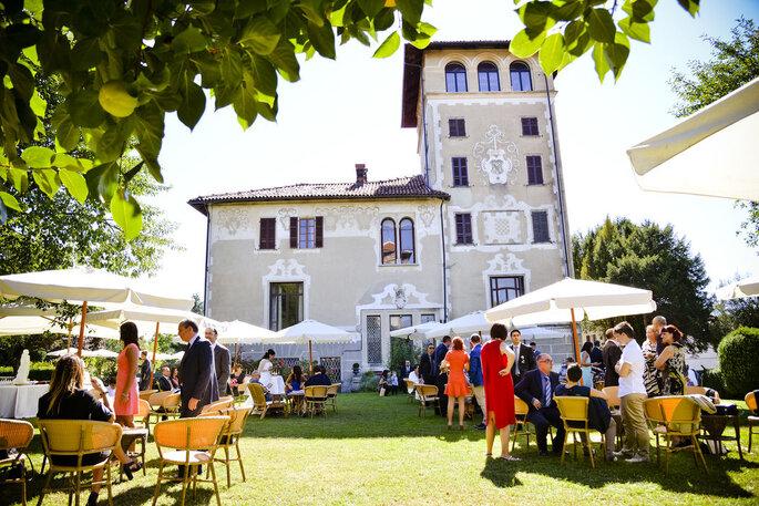 Castello Benso di Mercenasco - banchetto all'aperto