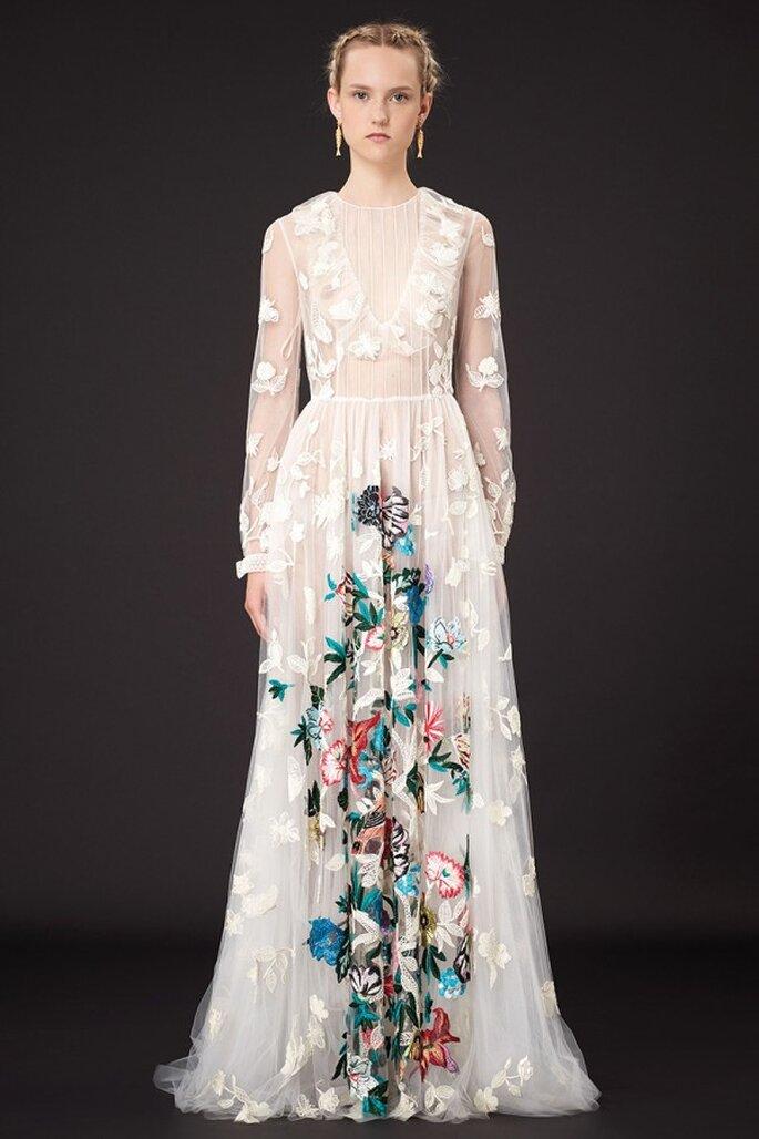 Vestido de fiesta 2015 en color blanco con estampados naturales multicolor - Foto Valentino