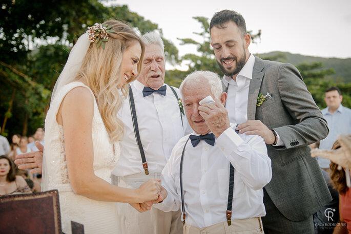 Noivos e avôs