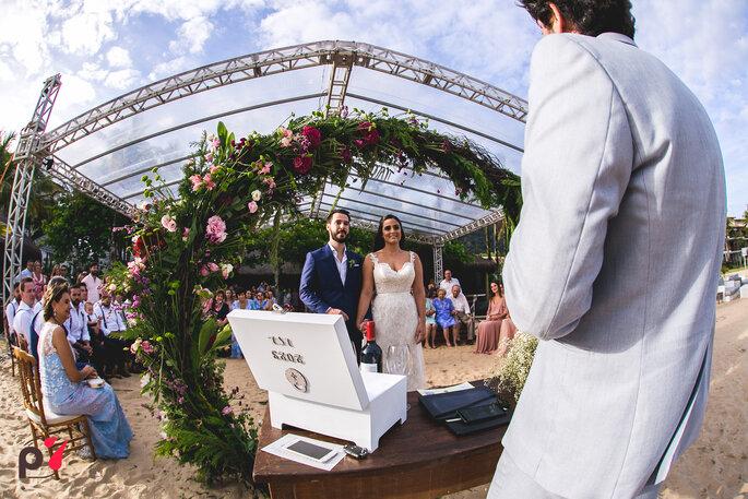 Decoração, flores, paisagismo: Isaias Ribeiro Festas Especiais - Foto: Produtora 7 SONY   Foto e Filme