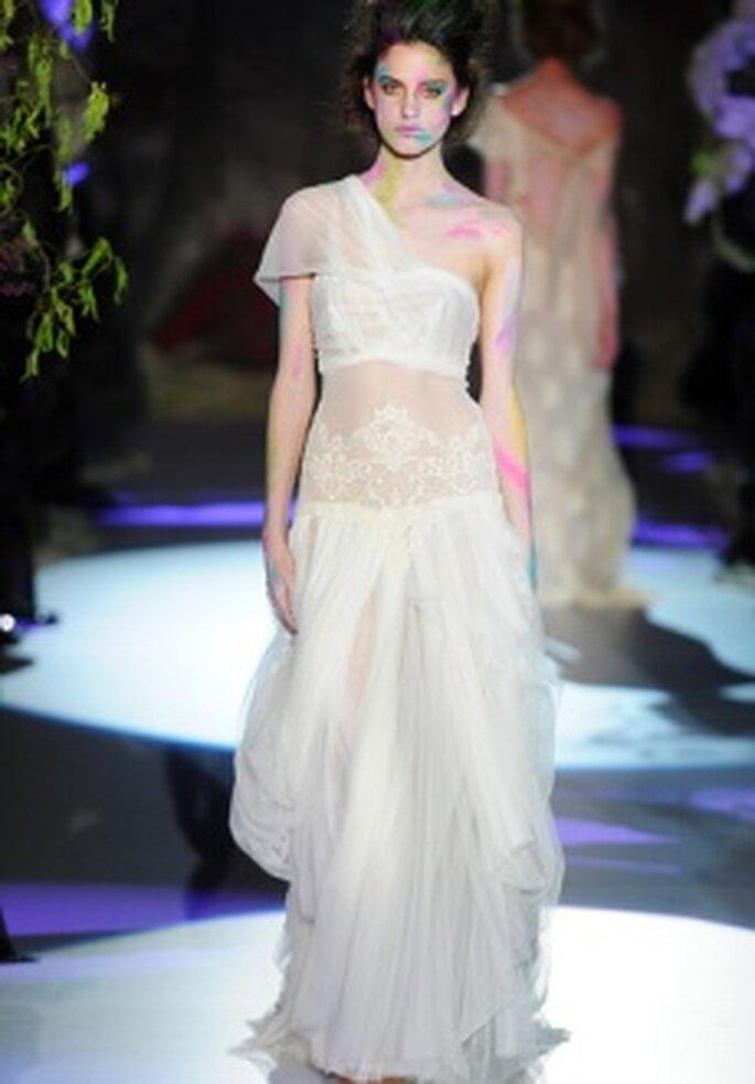 Colección de vestidos de novia Raimon Bundó 2011