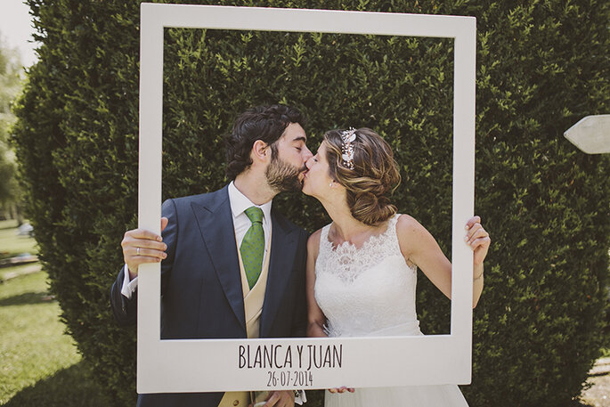 6 ideas divertidas para dise ar el photocall de tu boda for Photocall boda vintage