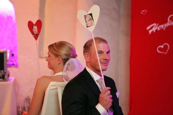 Hochzeitsspiele lockern die Stimmung auf. Foto: Kirill Brusilovsky von unvergessliche-augenblicke.com
