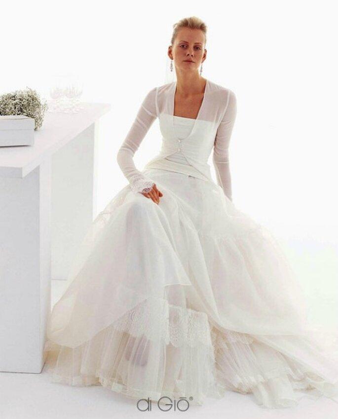 e6671ff79064 Abiti da sposa  Inverno  2012. Salvare Collezione Invernale 2012 Le Spose di  Giò Mod. W 7