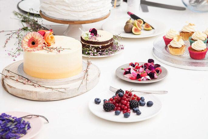 Summer chique bruidstaart. Foto: Bird on your Cake