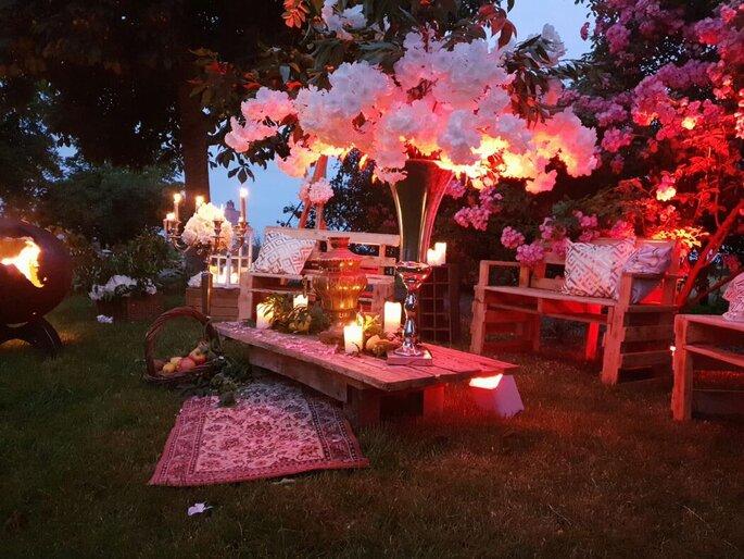 Jardins décorés au style bohème avec ses lumières tamisées