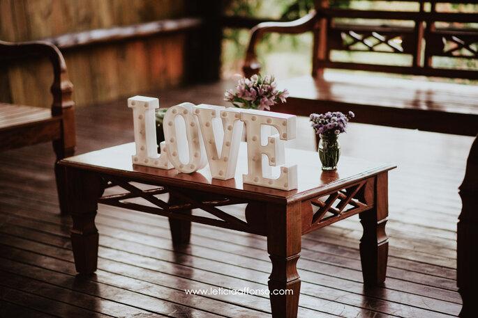 Letras luminosas em casamentos