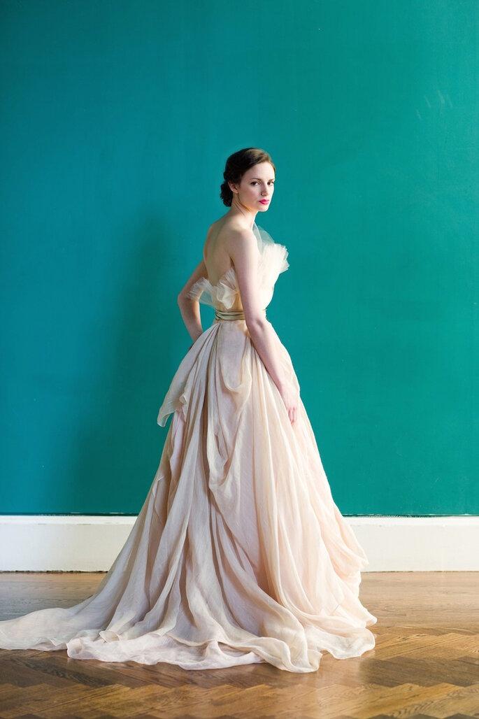 El vestido de novia ideal para chicas de poco busto - Carol Hannah