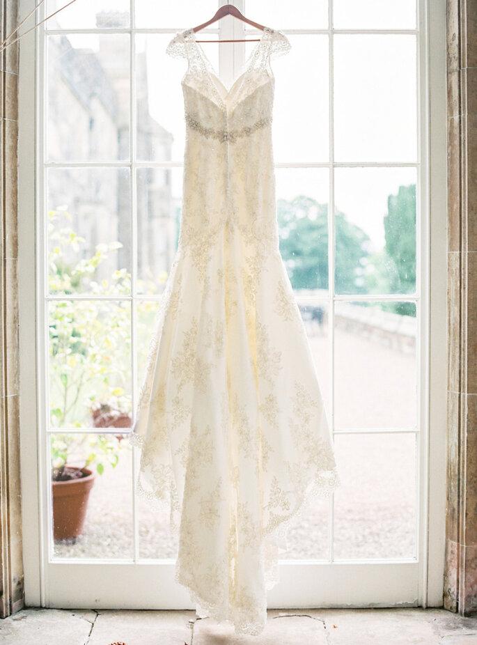 El vestido de novia- un protagonista indiscutible en las fotos de boda. Foto- Peaches & Mint