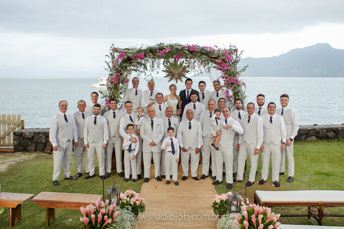 Padrinhos em casamento na praia