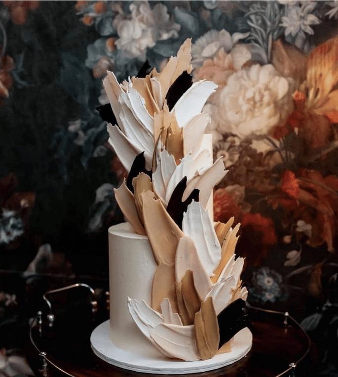 Hochzeitstorte Trend mit Malereien