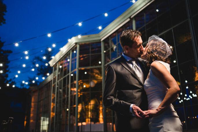 Riccardo Bonetti Photography - bacio sposi nella notte