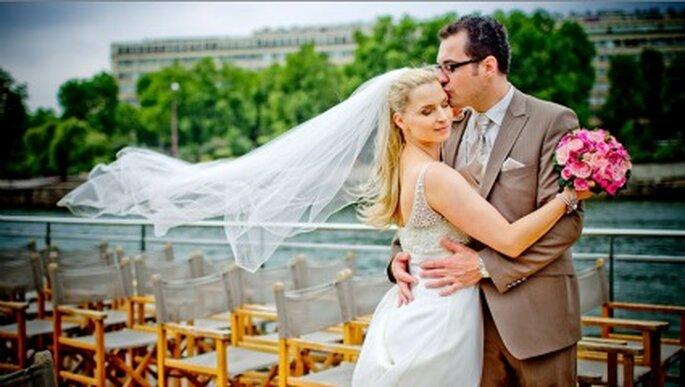 Hochzeitsfotos in Paris - an der Seine. Fotos: Katja Schünemann. www.ks-weddings.de