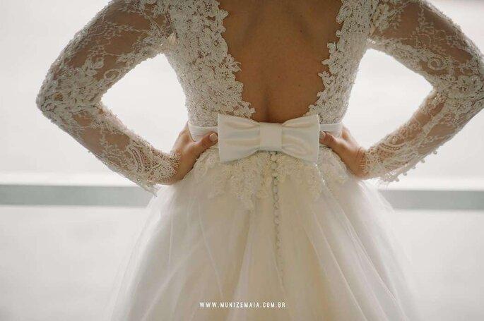 Detalhes e acessórios são um diferencial em cada vestido