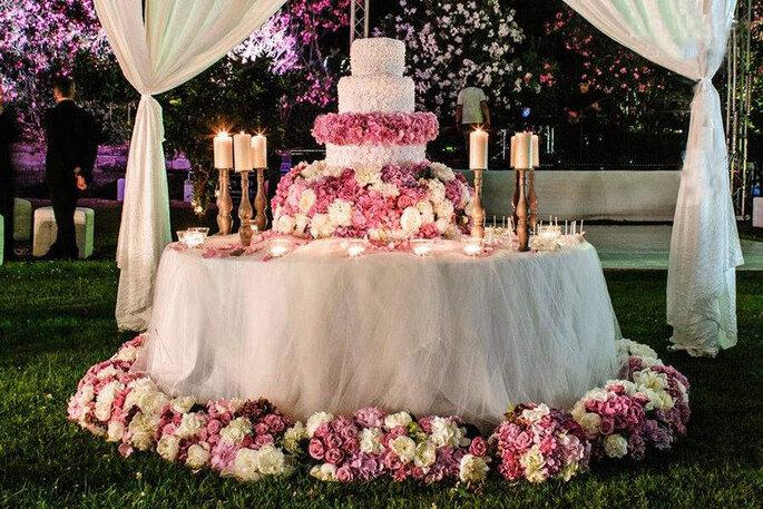 Baccarà Eventi - torta nuziale toni del rosa