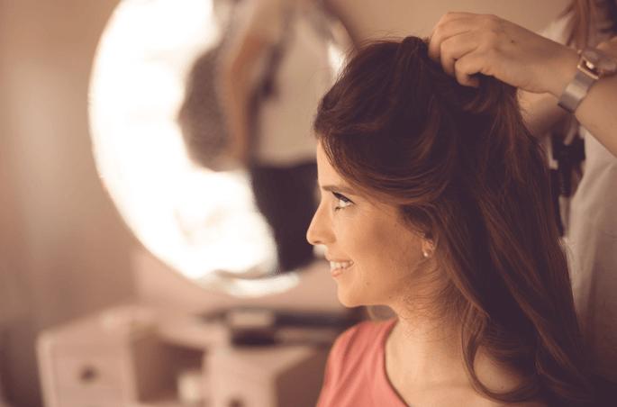 Noiva acompanhada por Andreia Pereira Makeup and Hair