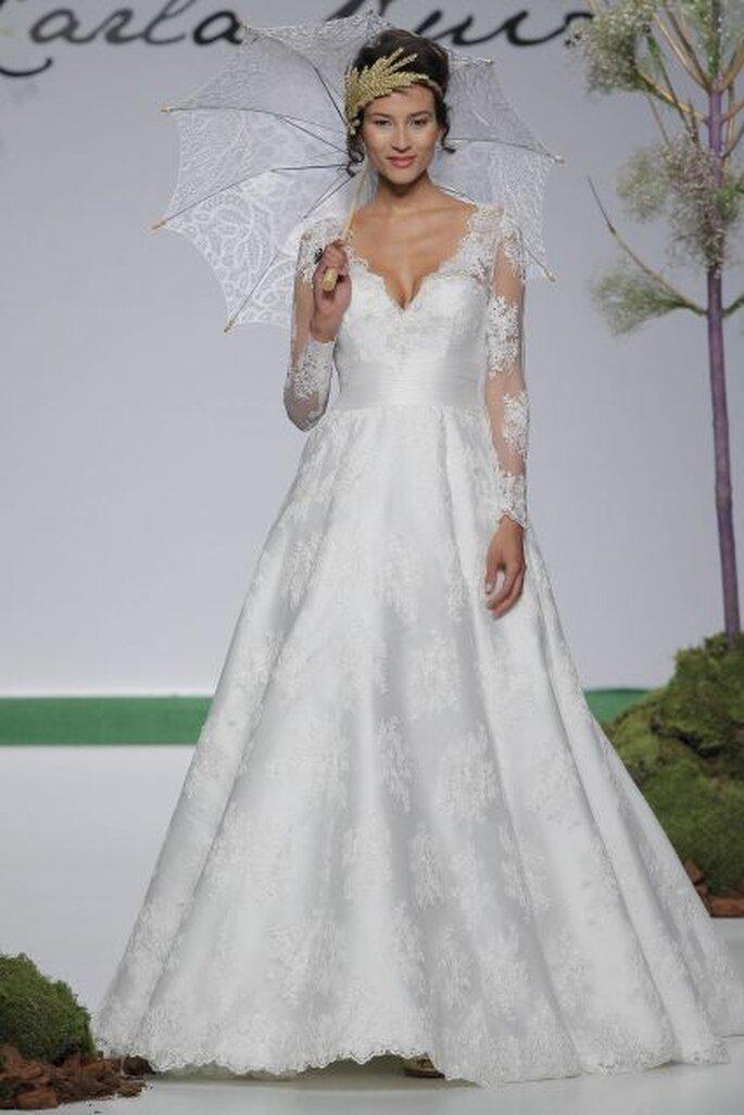 Długa suknia ślubna dla czterdziestolatki na ślub