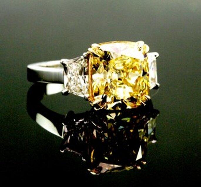 Anillo de compromiso. Foto de Jonathons Fine ewelers.