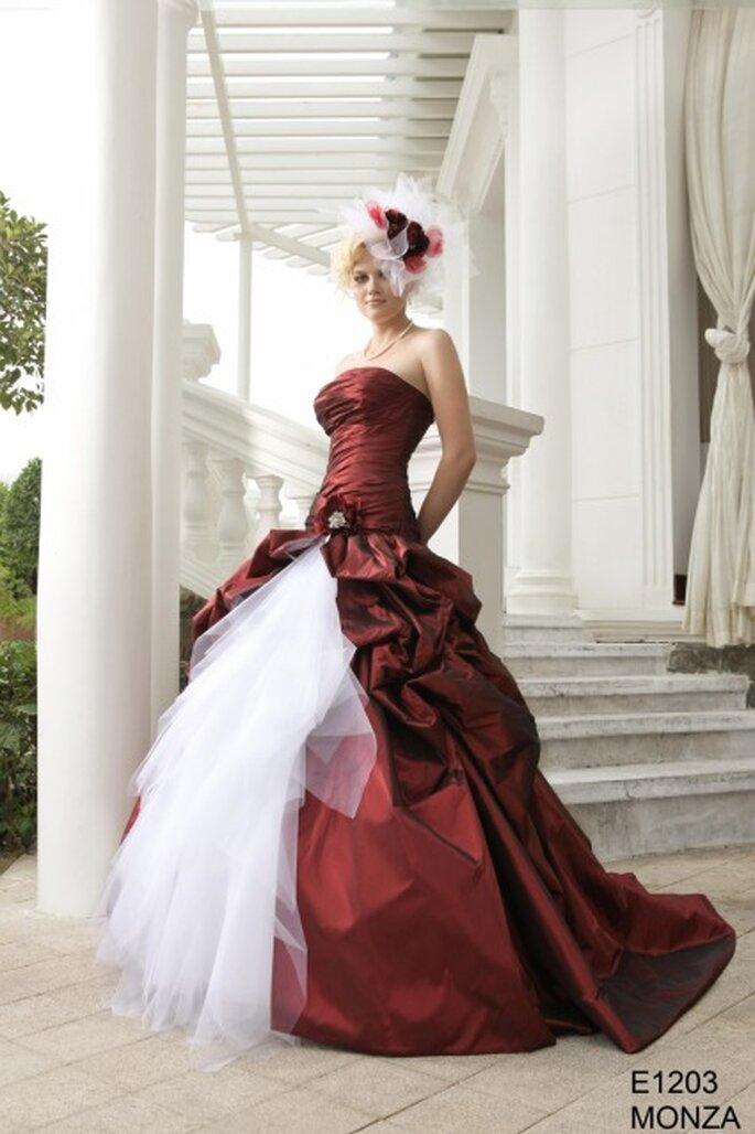 Robe de mariée rouge et blanche E1203 MONZA - EmyLee - BGP Company