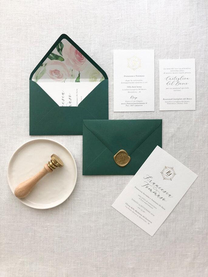 Partecipazioni di nozze in verde scuro