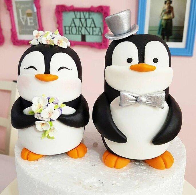 cake toppers y muñequitos para pastel de boda novios pastel