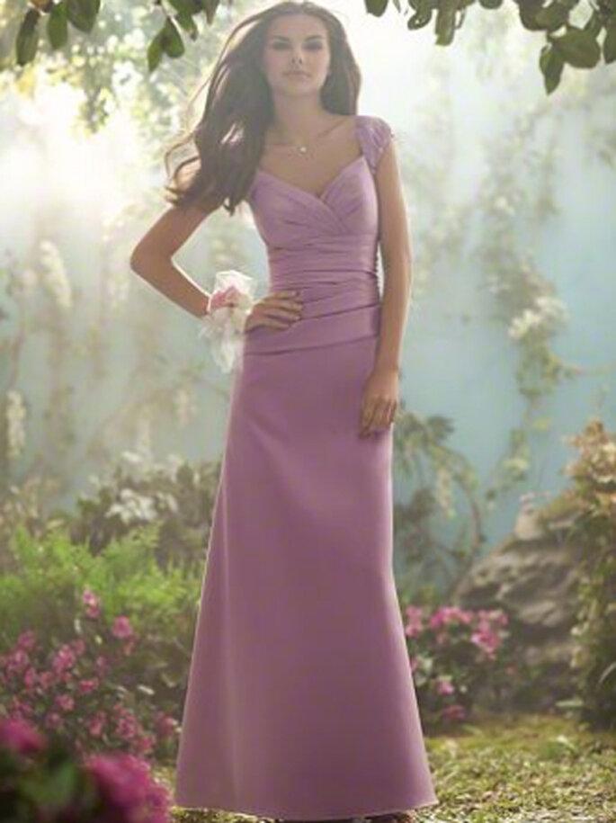 Vestido de gala para una boda en color lila inspirado en las Princesas de Disney - Foto Alfred Angelo