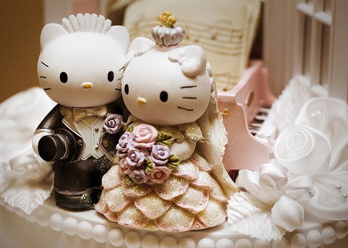 Otra propuesta de adorno de torta de bodas con Hello Kitty