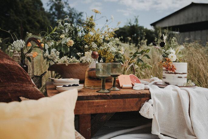 Picknick Set-Up Hochzeit Kissen in gelb