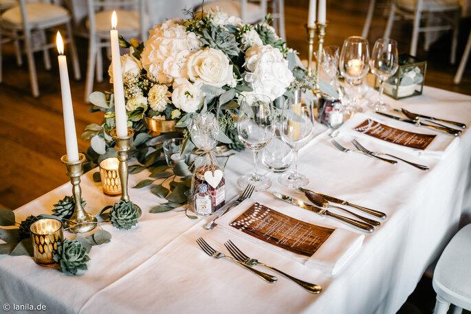 Tischdekoration in der Hochzeitslocation