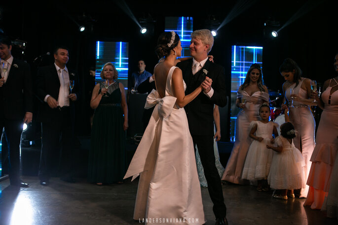 vestido noiva decote costas