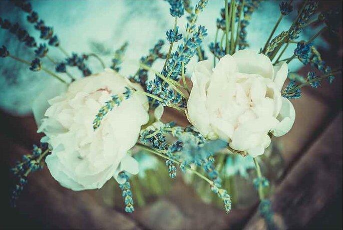 «Mini compositions florales»  Photographe – Pierre Sautel Création & mise en place – Label'Emotion Provence
