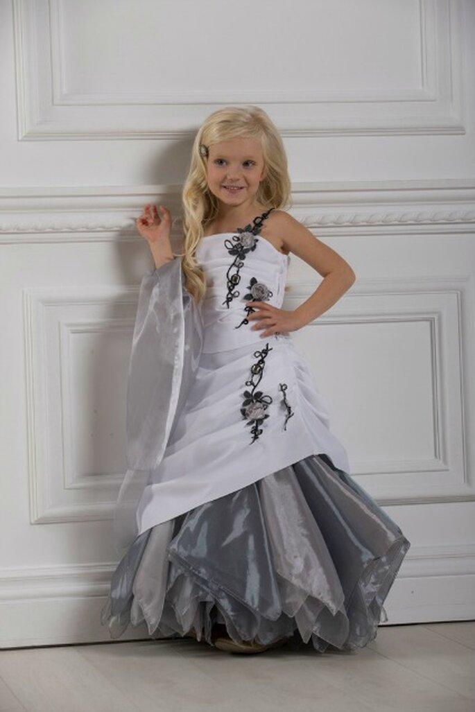 Pour parfaire la tenue de vos enfants d'honneur, pensez aux accessoires Christella Créations !