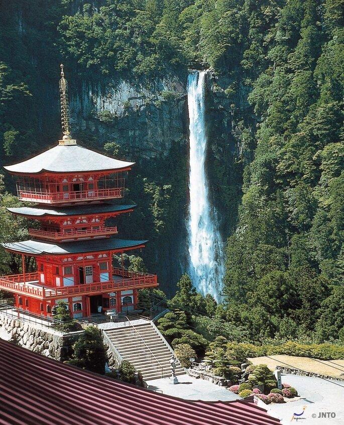 Santuario Kumano Nachi Taisha y Cascadas Nachi