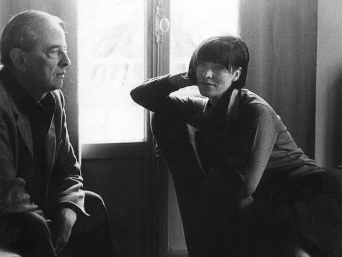Witold Gombrowicz z żoną Ritą (fot. Zbiory Muzeum Literatury w Warszawie) http://www.newsweek.pl/kultura/wiadomosci-kulturalne/witold-gombrowicz-oczami-zony--zostawilam-mu-wolnosc,104053,1,1.html