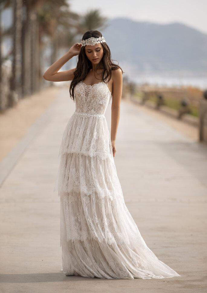 Vestido de novia estilo boémio da coleção Pronovias 2021