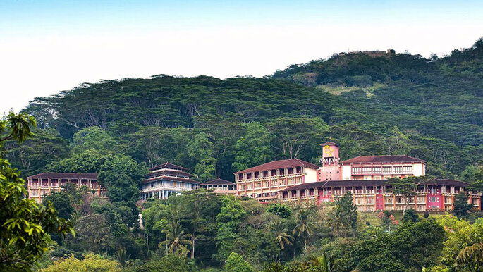 Amaya Hills