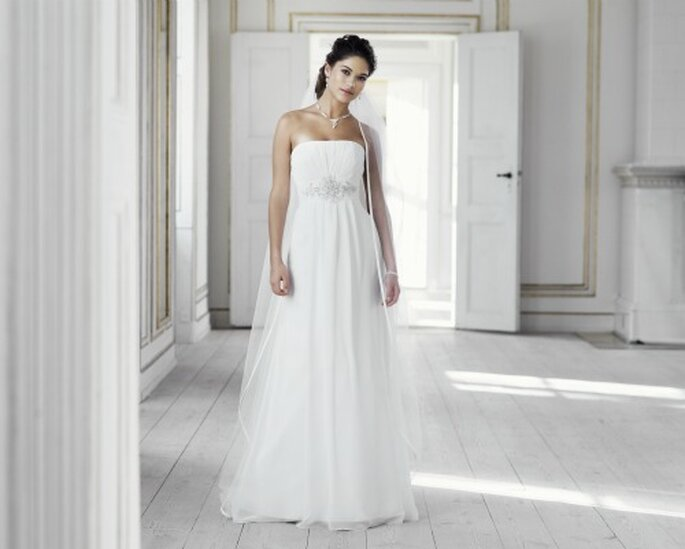 Brautkleid im Empire-Stil – Foto: lilly