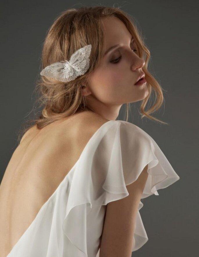 vestido de novia con escote profundo en la espalda - Foto Elizabeth Fillmore