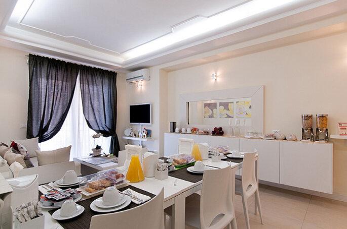 Mesa de café da manhã no Bed and Breakfast Tre Civette Sul Comò em Roma
