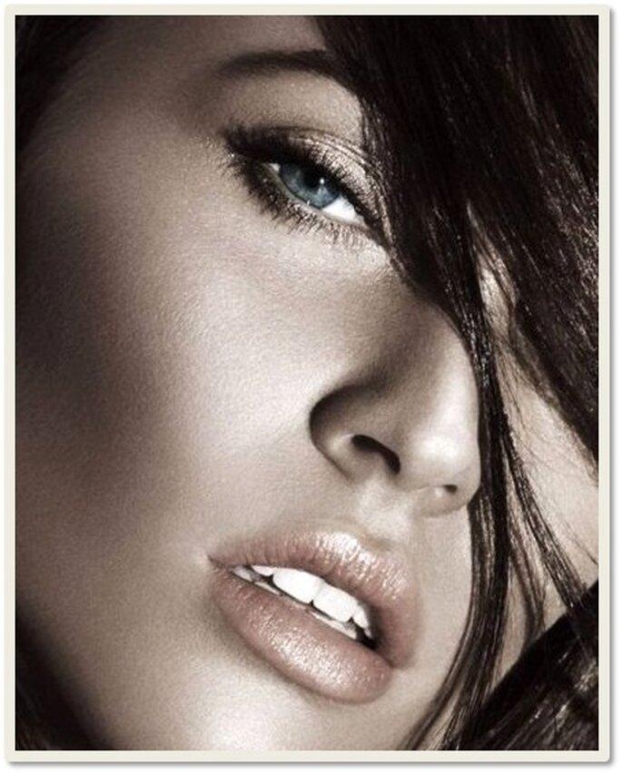 Megan Fox, protagonista campaña de lanzamiento Armani Bronze Heat 2011