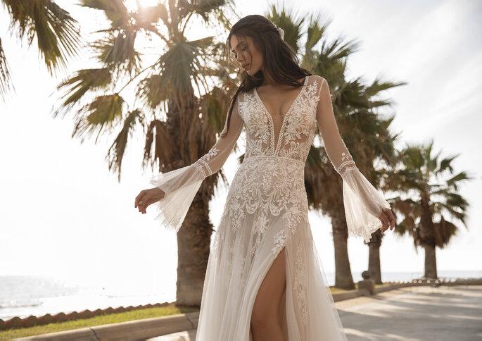 vestido de noiva sensual da coleção Pronovias 2021 Cruise Collection