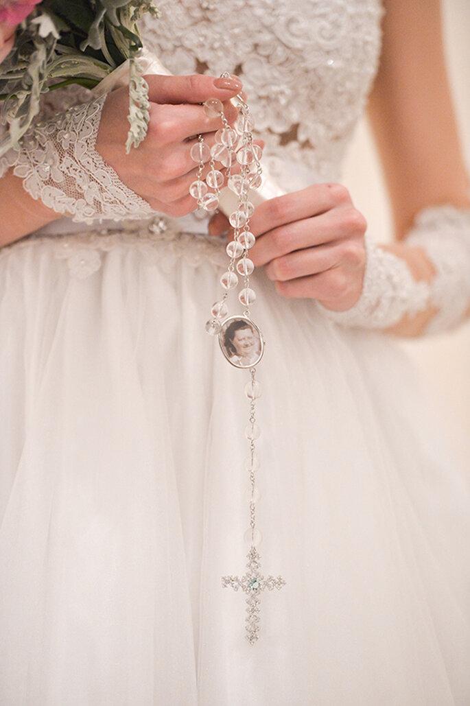 Terço Relicário Rosana Negrão - Foto Nilson Versatti - Vestido Geraldo Couto