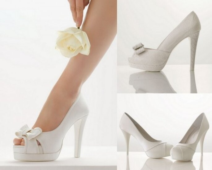 Zapatos de novia Rosa Clará, colección 2012.