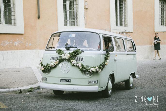 Furgone Volkswagen: Nozze Auto D'epoca Decorazione floreale: Floreventi