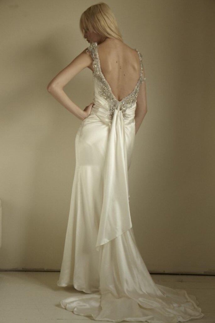 Vestido de novia con la espalda descubierta - Foto Mariana Hardwick 2013