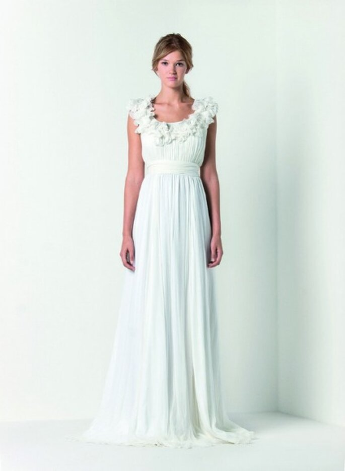more photos fb99a 82f5a Max Mara Bridal Collection 2012, minimalismo e lusso in un ...