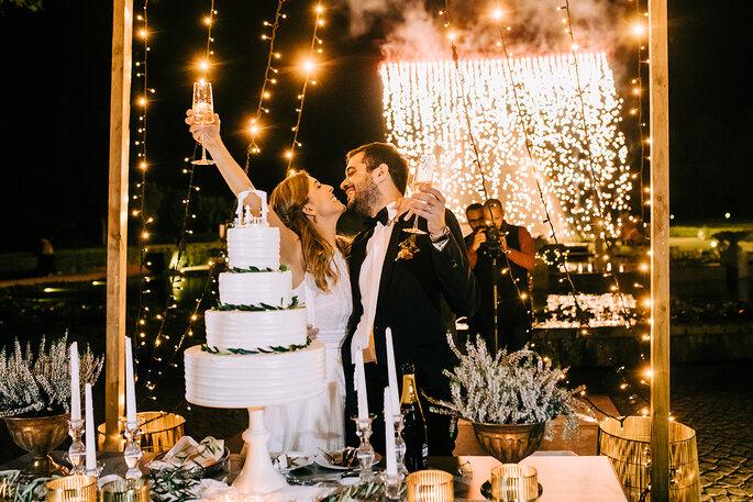 quanto custa um casamento: noivos na festa de casamento