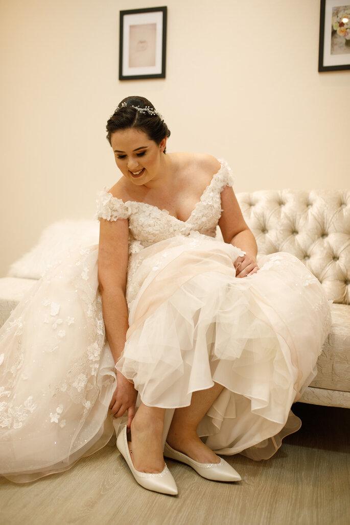 Sapato da noiva: Jorge Bischoff - Foto: Marcelinos Fotografia