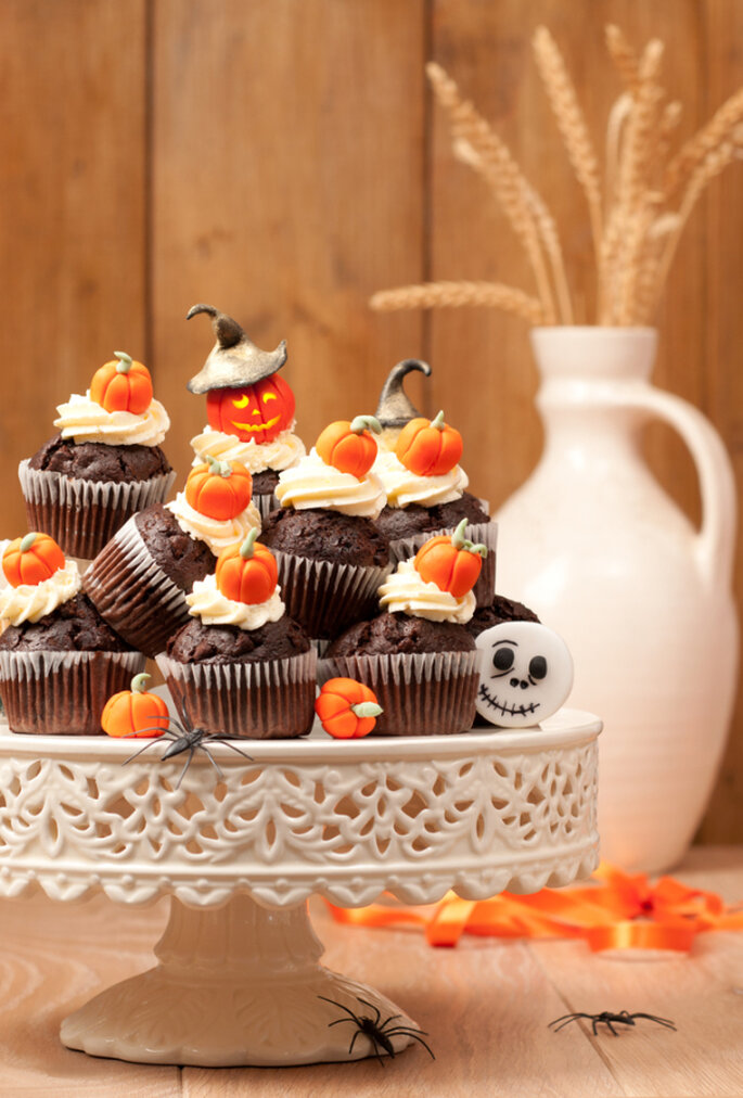 Candy-Bar im Halloween-Look – Foto via shutterstock