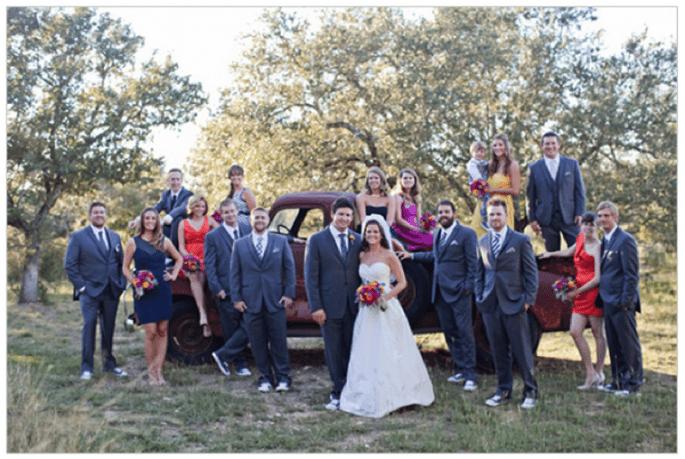 Los novios mantienen un estilo increíble con Converse - Foto Nicole Chatham Photography